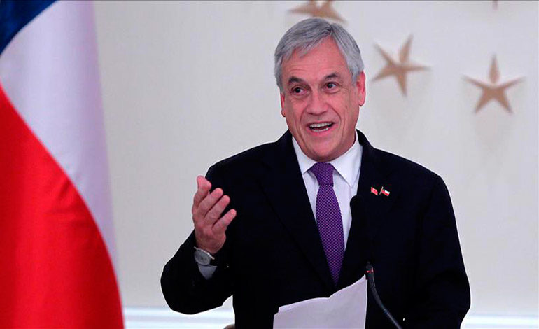 Presidente chileno entrega control de su fortuna