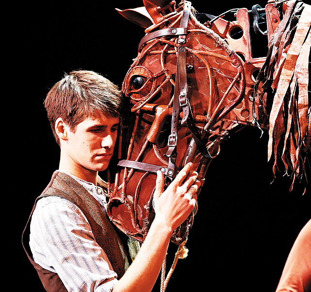 War Horse. Photo courtesy of Brinkhoff Mögenburg 2011 London Cast
