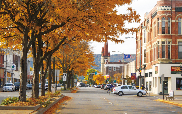 Downtown Winona. Photo by Mary Farrell, courtesy of Visit Winona