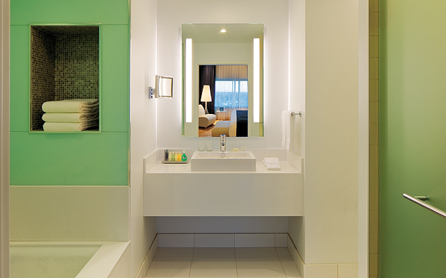 Radisson-Blu-Bathroom