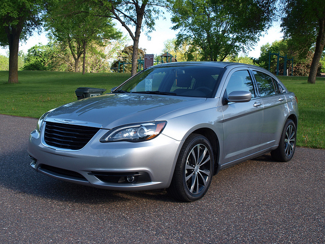 2013 Chrysler 200 Touring w/S Exterior Appearance Package - All Photos by Randy Stern