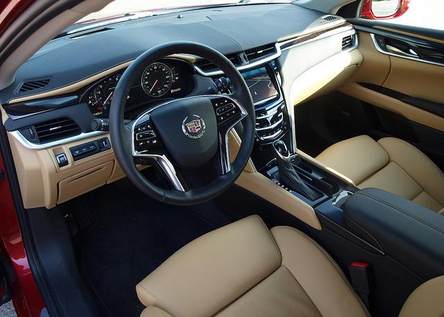 Cadillac XTS 2