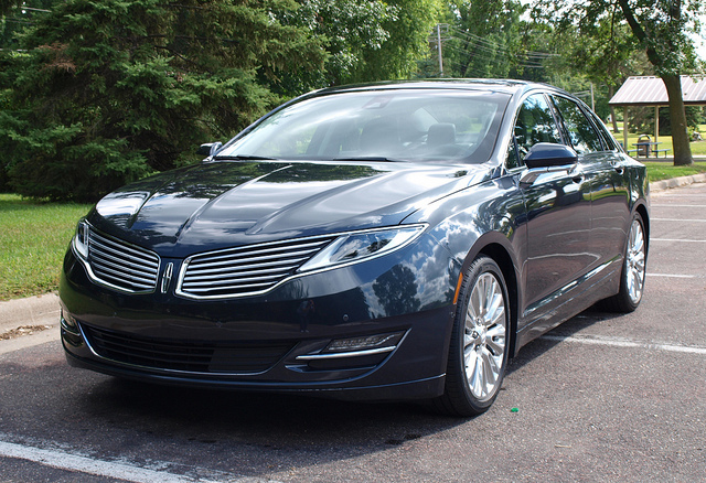 2013 Lincoln MKZ - All Photos by Randy Stern