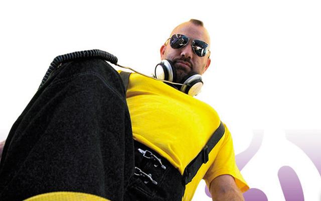 DJ-Matt-Consola