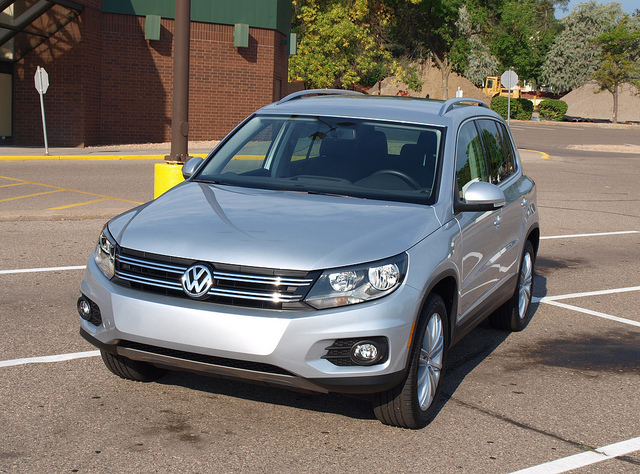 2013 Volkswagen Tiguan SE 4Motion - All Photos by Randy Stern