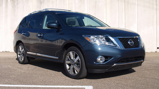 2013 Nissan Pathfinder Platinum 4WD - All Photos by Randy Stern