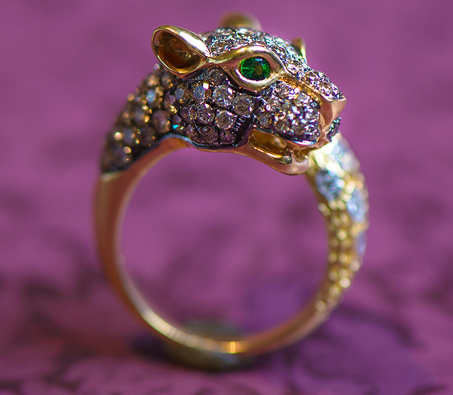 Diamond-Panther-Ring