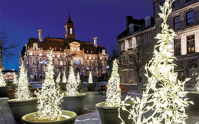 Place Jacques-Cartier. Photo © Tourisme Montréal, Matthieu Dupuis