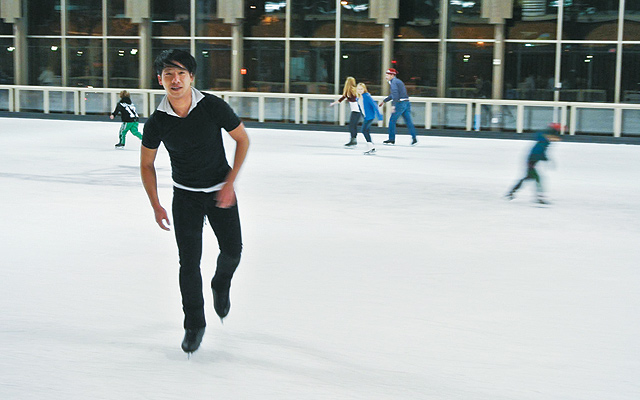 Tam-Bui-Ice-Skater2