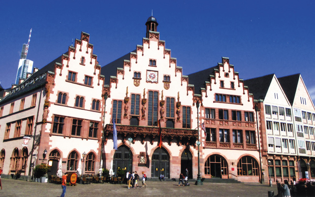 Romer Platz, the main square in the old town, Frankfurt. Photo by Carla Waldemar