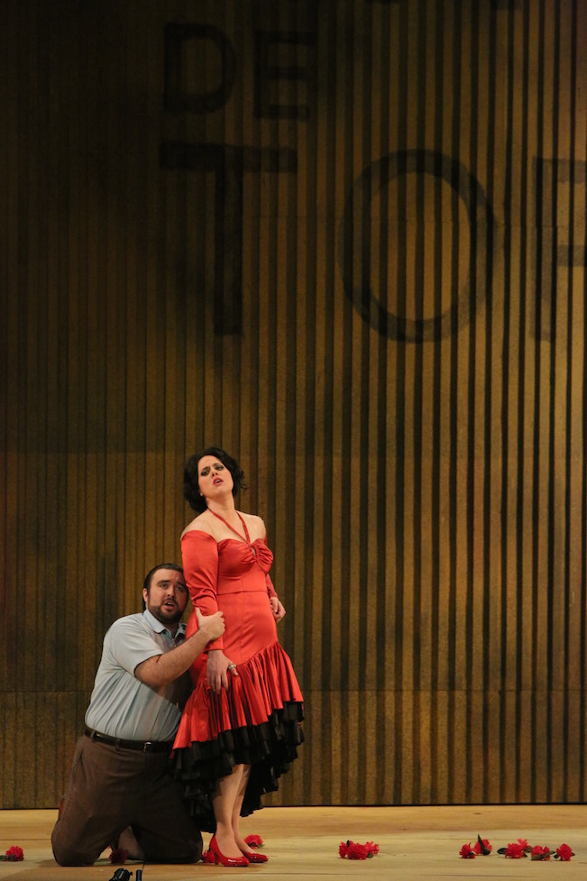 Cooper Nolan as Don José and Victoria Vargas as Carmen in the Minnesota Opera production of Carmen. Photo by Michal Daniel