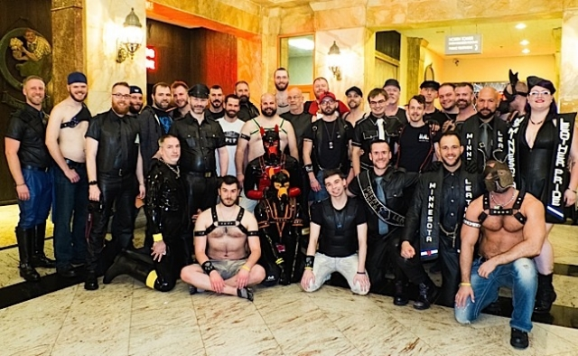 Some of the many Minnesotans who traveled to Chicago for IML. Photo by Steve Lenius.