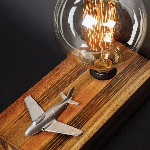 Advertisers Touch Airplane Lamp