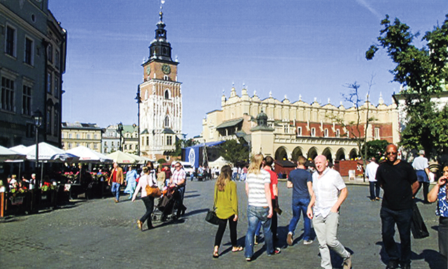 Krakow's main square on a Sunday afternoon. Photo by Carla Waldemar