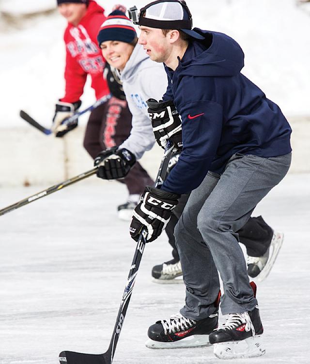 U.S. Pond Champions. Photo courtesy of U.S. Pond Hockey Championships