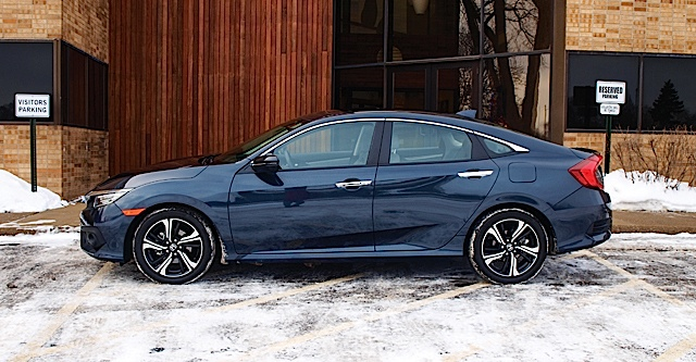 2016 Honda Civic Touring 012