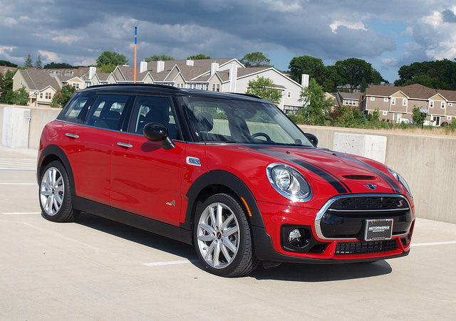 ride review: 2017 mini clubman | lavender magazine