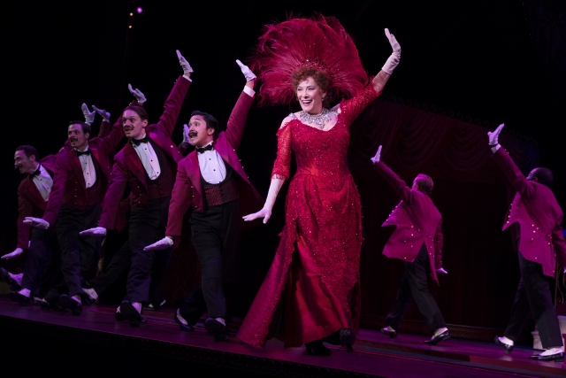 Betty Buckley and the National Tour Company of Hello, Dolly! – Photograph Julieta Cervantes 2018