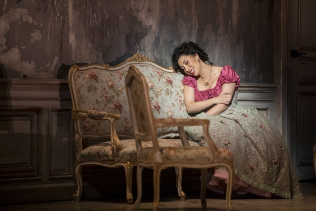 Nicole Cabell as Violetta Valéry in Minnesota Opera's production of La Traviata.