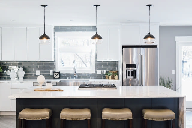 Hennepin-Made-sells-modern-handmade-blown-glass-lighting-for-all-tastes_Photo-courtesy-of-Hennepin-Made