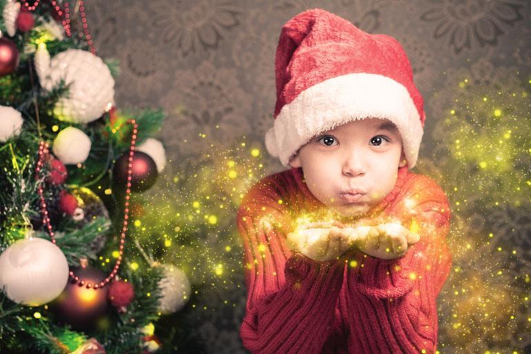 Enfant à Noël