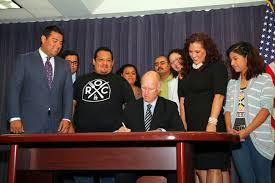 Governor brown signs paid sick leave bill