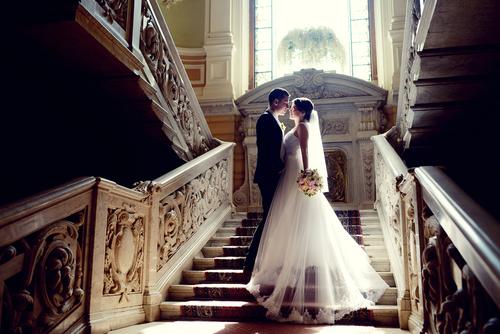 Color bride groom steps