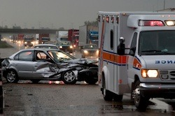 Car-crash-scene-with-ambulance