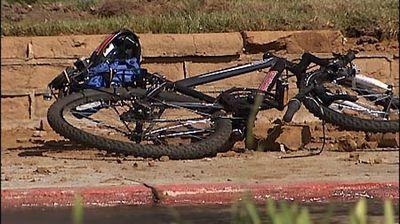 Smashed_bike