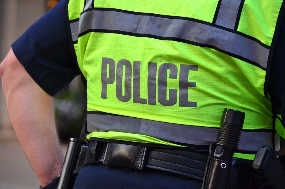 28001_policevest