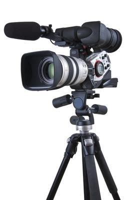 Video-camera-on-tripod