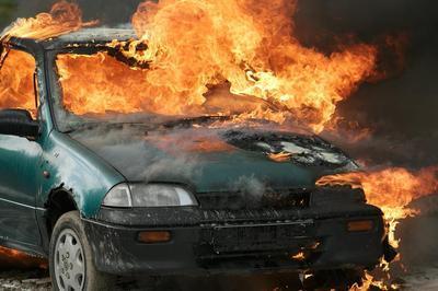 Autofraud_burningcar-optimized