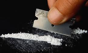 Cocaine-with-razor-blade
