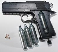 BB-gun-with-pellets-and-canisters