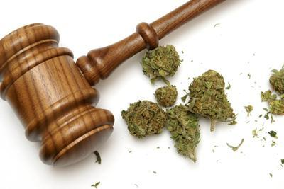 Gavel-beside-marijuana