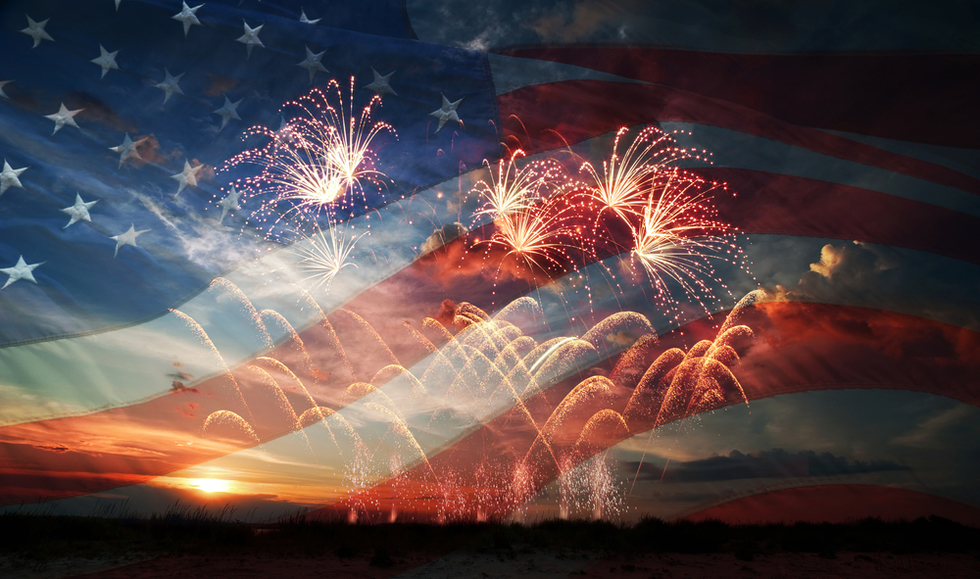 Fireworks_20and_20flag_202