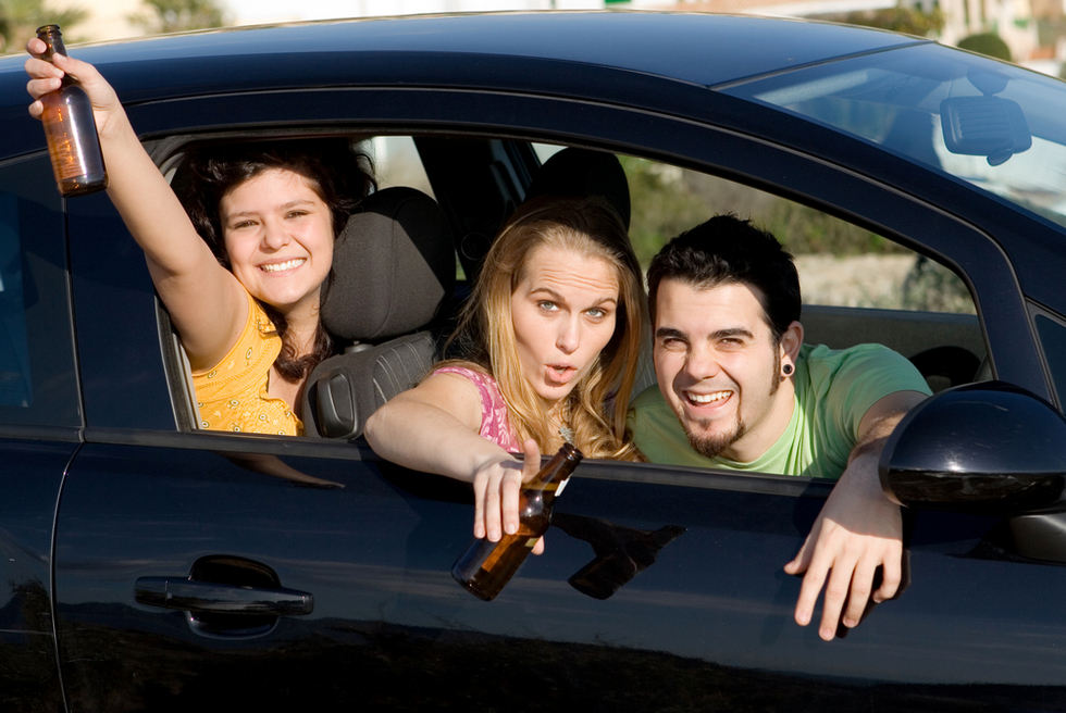 Teenagers drinking beer in a car - Under age DUI is a crime in Nevada per NRS 484C.350 and NRS 483.462
