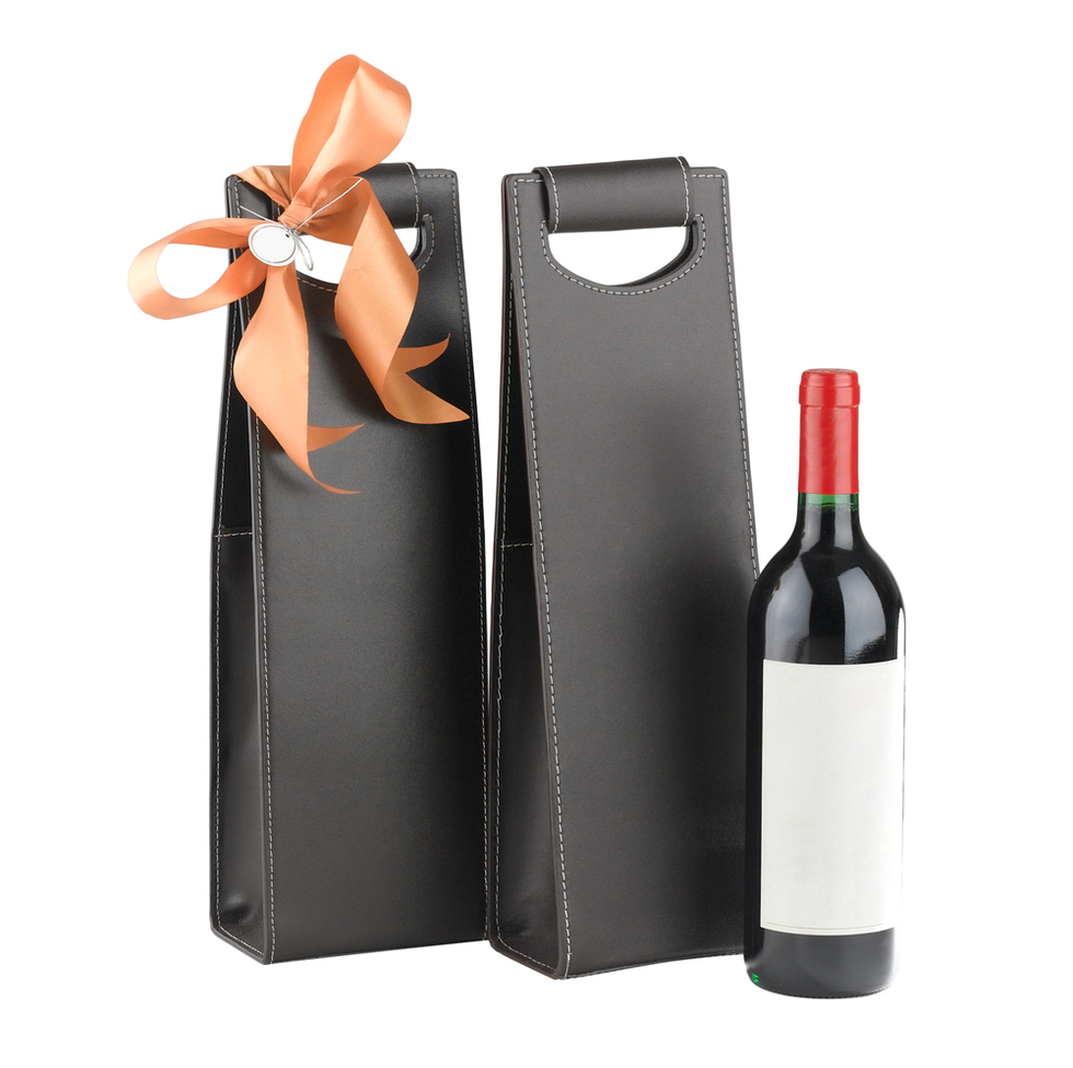 Wine-bottle-with-gift-bags