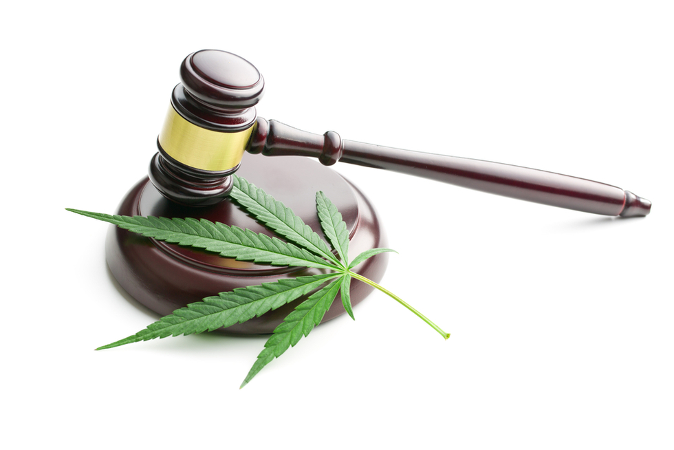 Gavel-with-marijuana-leaf-representing-legalization