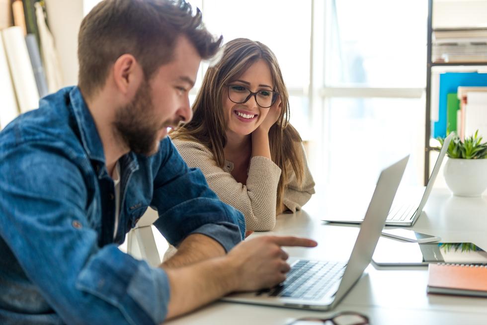 Man-and-woman-at-laptop