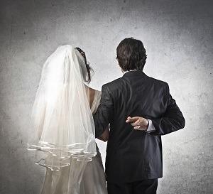 Wedding 20crossed 20fingers optimized