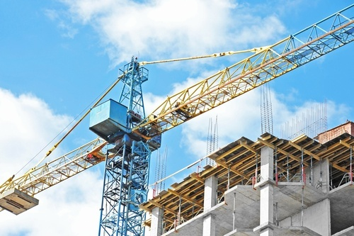 Construction crane. If it malfunctions, the victim may be able to sue the crane manufacturer.