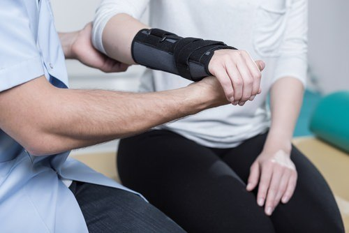 california workers comp carpal tunnel syndrome wrist splint treatment