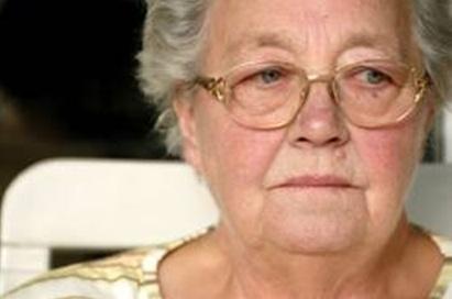 Img-elder-abuse-lady