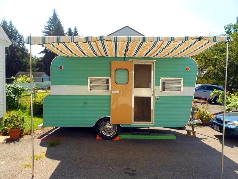 Img-green-camper