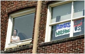 Img peeping perverts watching