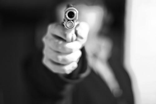 Img pointed gun