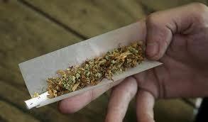 Hand-holding-marijuana-joint
