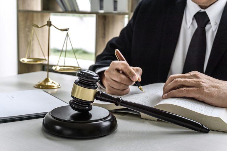 Bigstock law lawyer attorney and justi 270312910 768x512