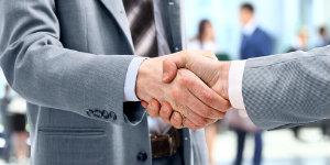 Handshake 20footer